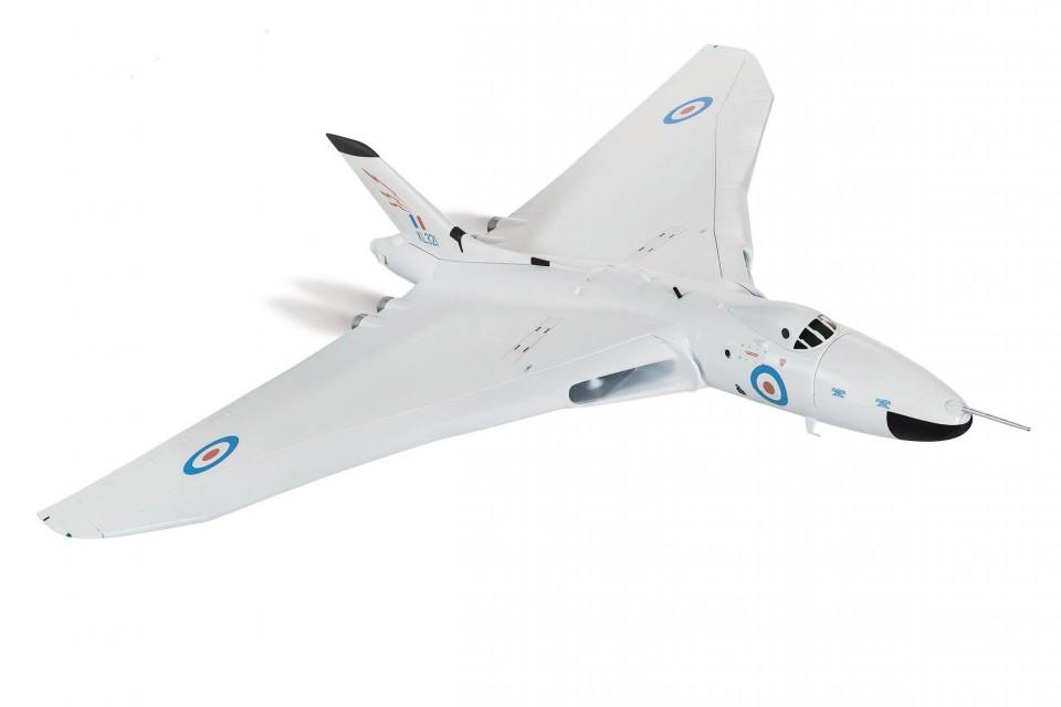 AA27202 1/72 Avro Vulcan B2, XL321, 617 Squadron, RAF Scampton, Lincolnshire, 1964
