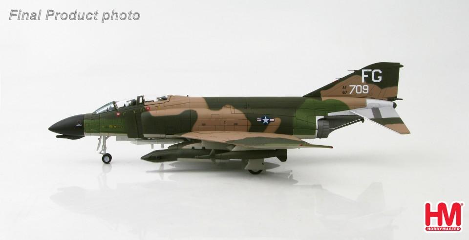 HA1949 Hobbymaster McDonnell Douglas F-4D Phantom II 60-7709, 433rd TFS, 8th TFW, Ubon, AFB, Thailand Pave Knife Pod equipped