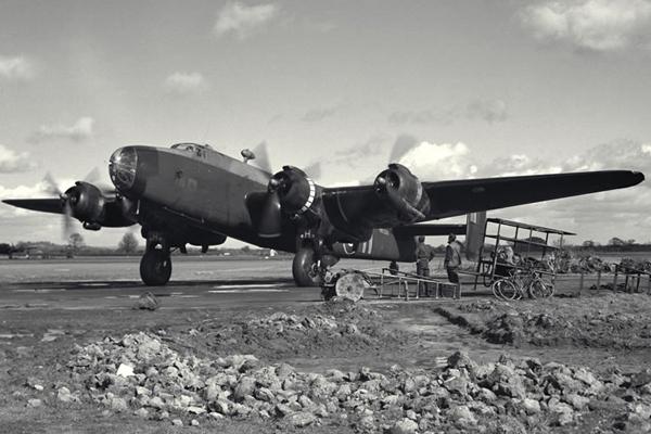 Handley Page Halifax, Mark VII