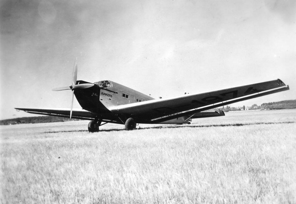 Ju 52 1-M D-1974 Werknr. 4001 Prototype