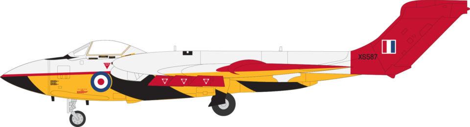 AV7253002 Aviation 72 Sea Vixen FAW 2 (TT) XS587 RAE Llanbedr 1984