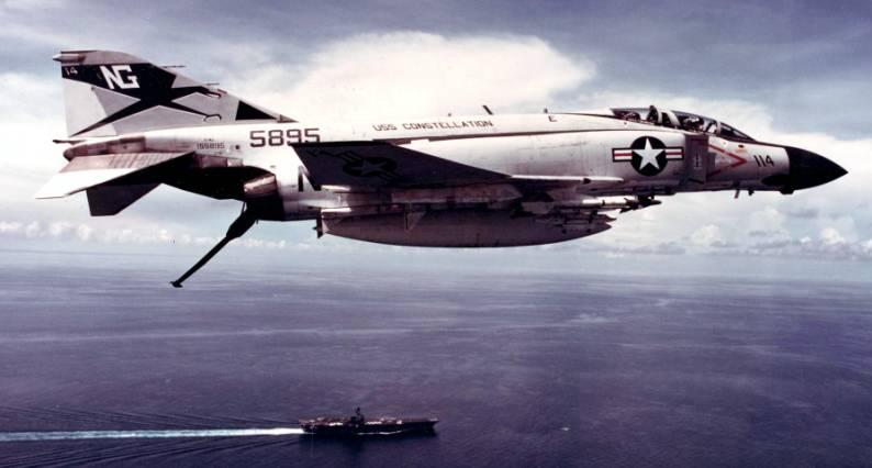 Fighter squadron VF-96 Fighting Falcons F-4j Phantom