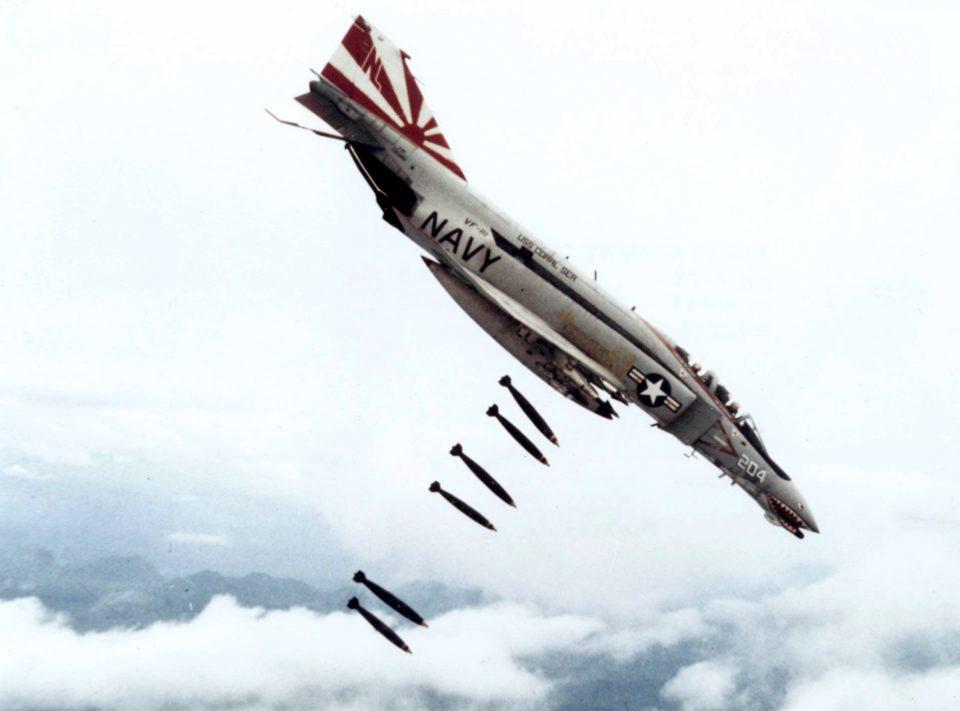 VF-111 F-4B bombing over Vietnam in 1971